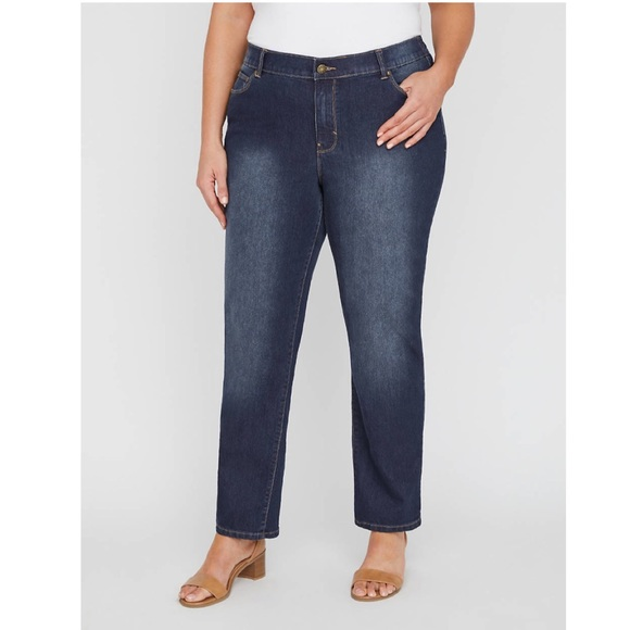 New Catherines Women/'s  Right Fit  Moderately Curvy Straight Leg Jean Plus Size